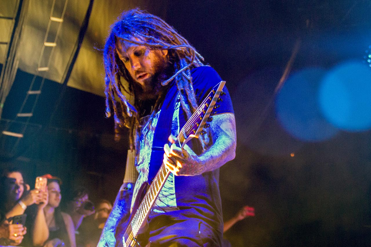 Brian Welch on guitar